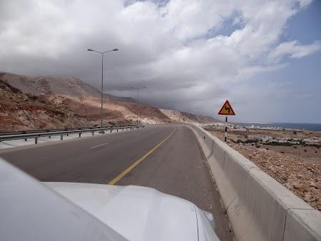 22. Ploaie in Oman.JPG