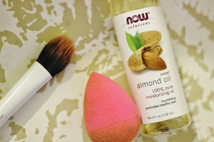 beauty blender, sweet almond oil, rt duo fibre contour brush