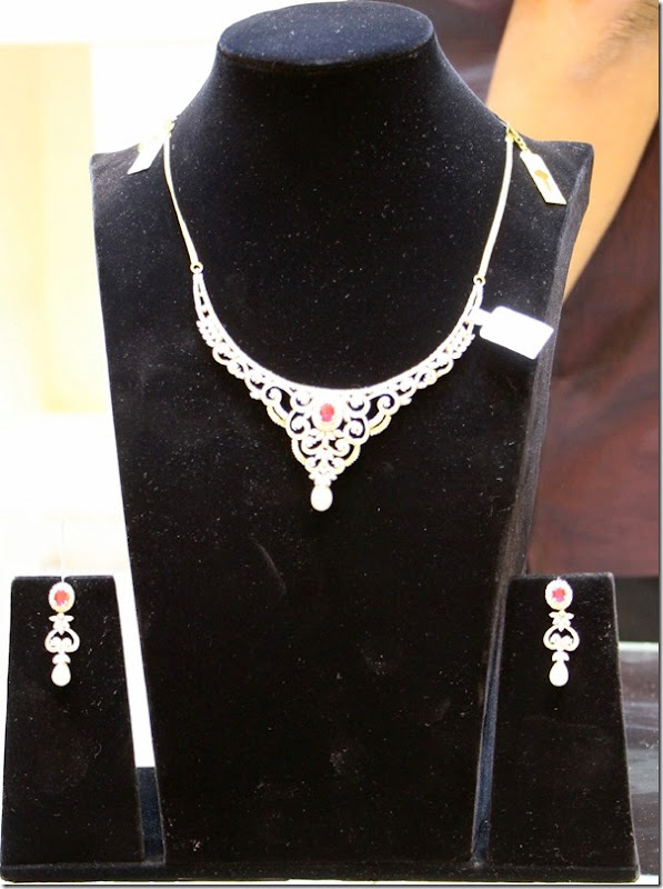 Diamond_Neckalce (1)
