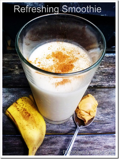 MaggieLamarre-Banana-peanutbutter-smoothie