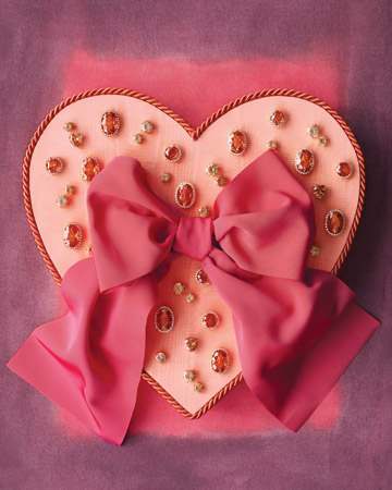 Martha Stewart bejeweled Valentine's Day box craft (marthastewart.com)