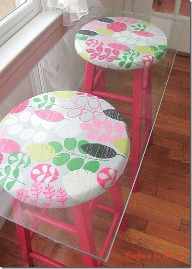 hot pink stool