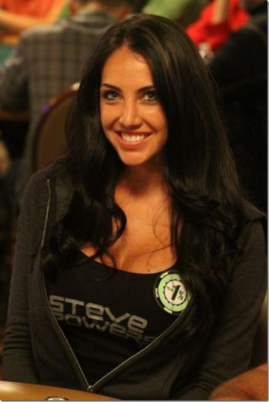 As garotas mais sexys jogarodas de poker (1)