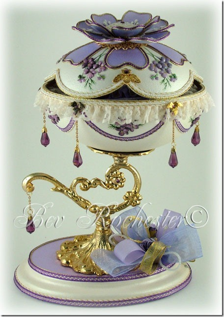 Bev-Rochester-Lilac-and-Lavender-Faberge-egg-2