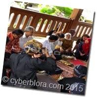 Jokowi-batikairkendi-5