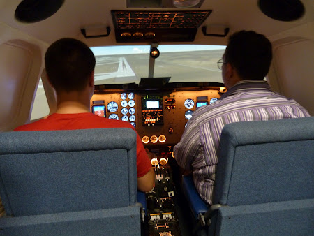 Imagini simulator zbor: aterizam