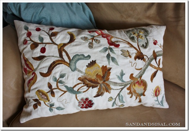 Pottery Barn Embroidered pillow (2) (800x533)