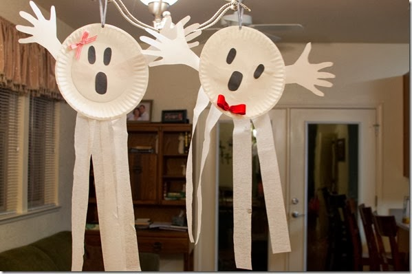Boy & Girl Ghosts - Halloween Kid Crafts