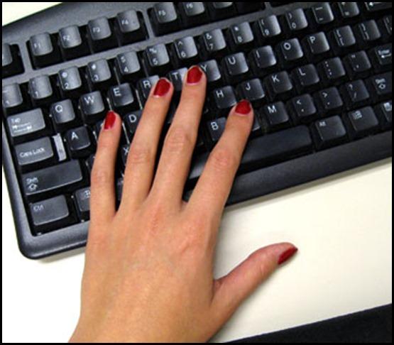 www.mobikorner.com-nail-polish