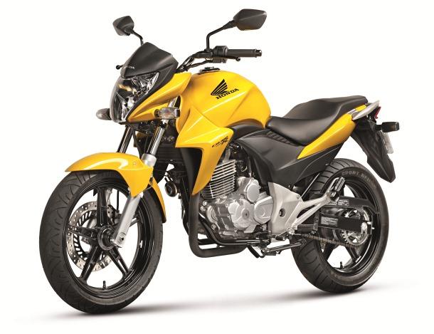 CB300R Amarela 3-4 Frente  copy