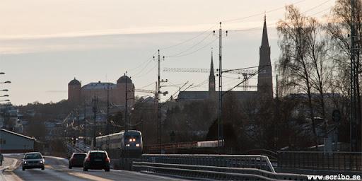 Slottet och Domkyrkan från Vattholmavägen