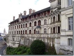 2004.08.28-043 façade des loges