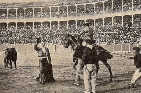 1905-10-19 (p. 2 de nov SyS) Zaragoza Concha y Sierra ovacion quite