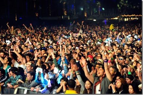 2012 Coachella Music Festival Day 2 617ZWcbsIXil