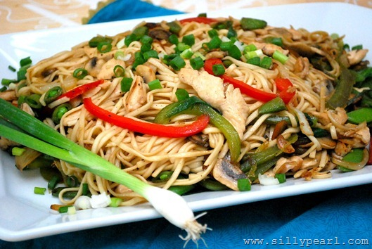SFSmarties Chicken Chow Mein