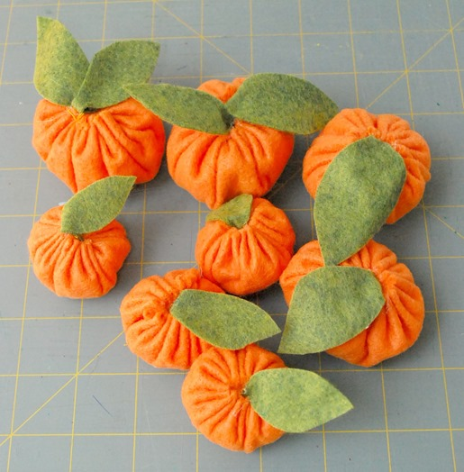 TangerineWreath8