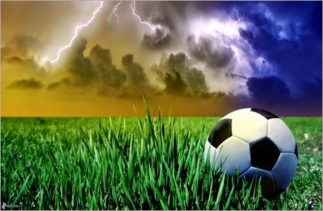 balon-de-futbol,-tormenta,-relampago,-hierba-157040