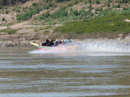 Fast boat Mekong