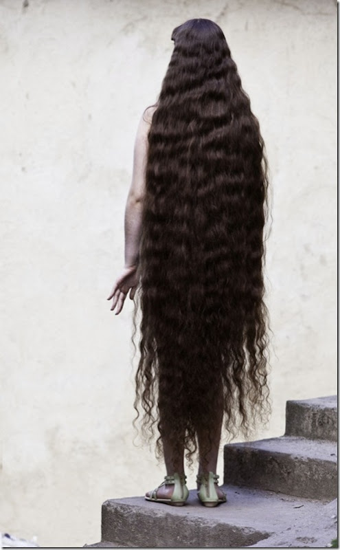 Longest-Hair-Of-12-Year-Old-Brazillian-Girl3