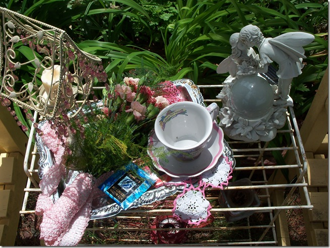 Carnation tea tray 016