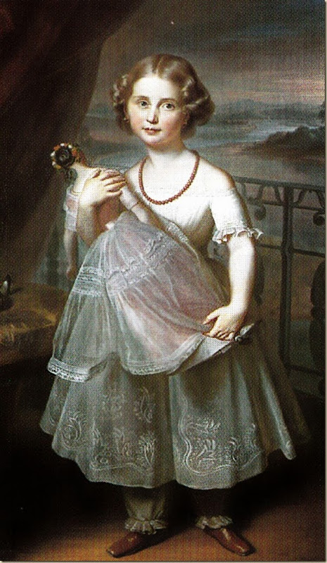 Portrait de fillette avec sa poupée
