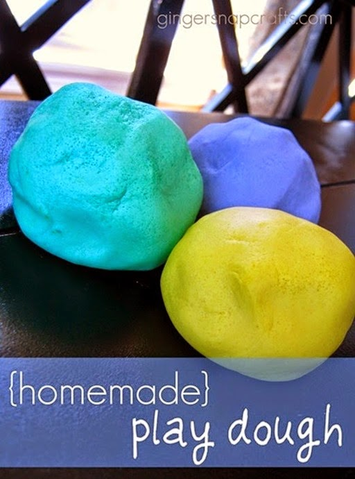homemade-play-dough-recipe_thumb2_thumb[3]