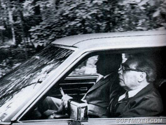 brejnev-v-avtomobile
