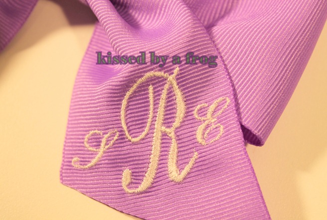 Kissed by a frog Monogram bow 2