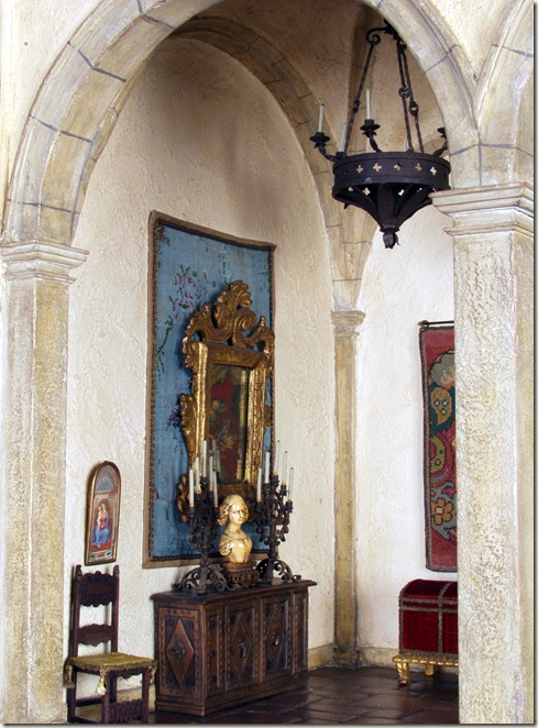 1600's Spanish foyer
