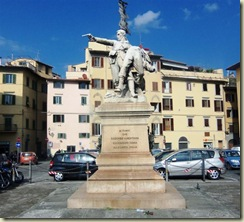 Liberation of Italy statue (Small)