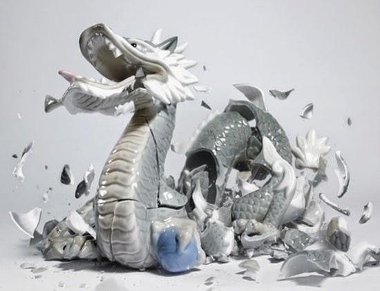Série Porcelana quebrando 04