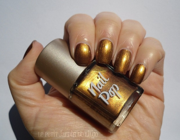 008-look-beauty-nail-polish-review-swatch-hotpants