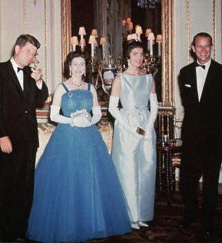 Queen-Elizabeth of England with eleven presidents Barack Obama, George W. Bush , Bill Clinton, George Bush, Ronald Reagan, Jimmy Carter, Gerald Ford, Richard Nixon, John F. Kennedy, Dwight D. Eisenhower, Harry S. Truman