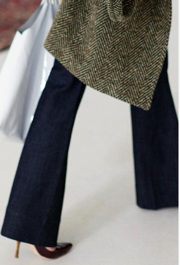 Flare Jeans via La Dolce Vita