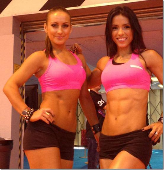 fit-girls-six-pack-10