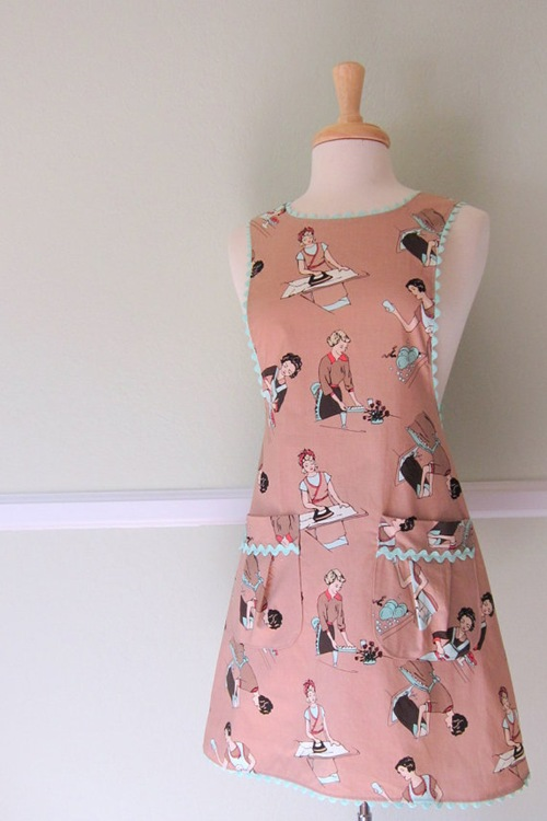 Retro Housewives Apron by ImaginAprons
