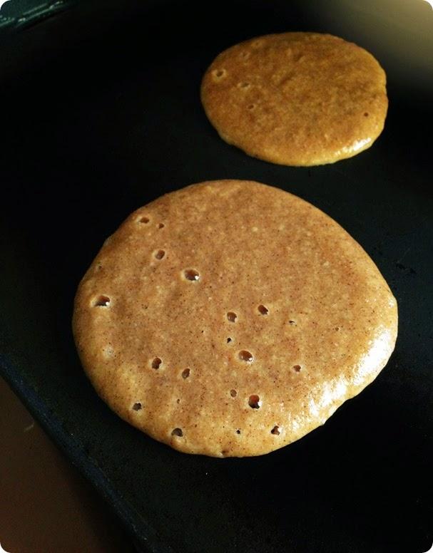 cooking paleo pumpkin pancakes