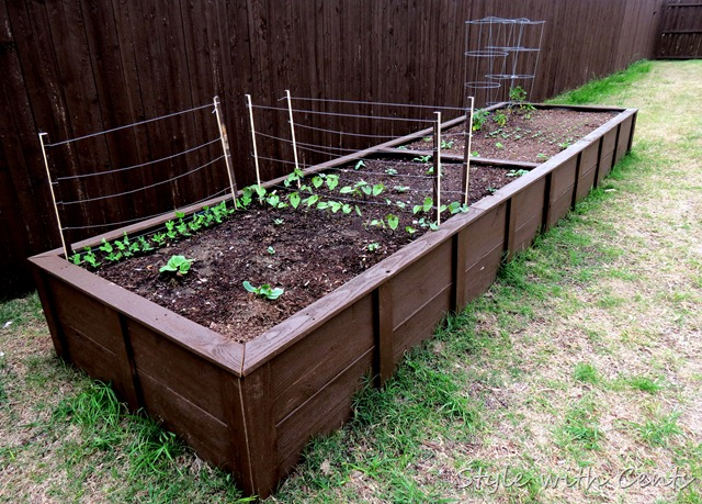 square foot gardening how to garden in a raised garden bed6