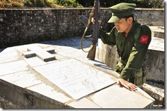Kachin KIA soldier at grave