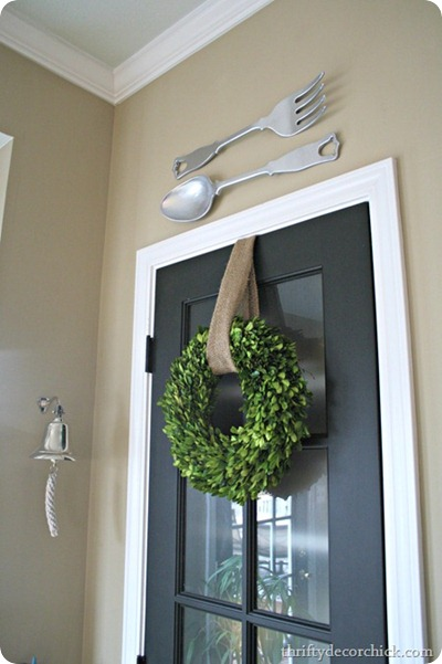 boxwoods wreath for spring