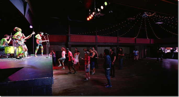 Jeff Wall, Band & crowd, 2011