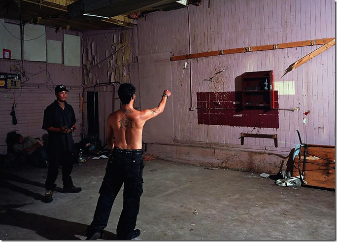 jeff wall_KNIFE THROW, 2008
