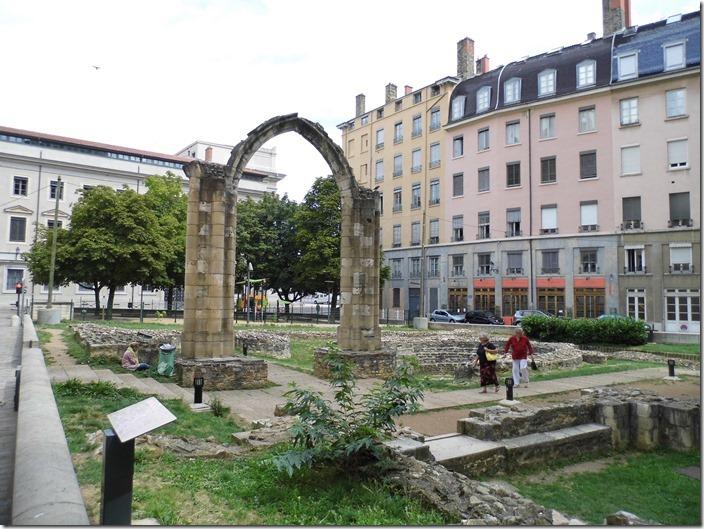 Lyon 11