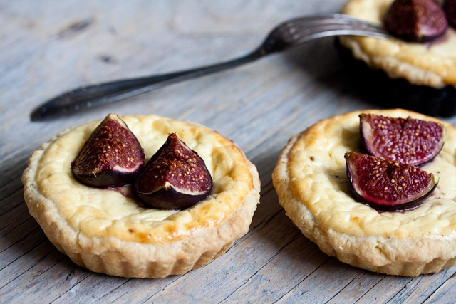 Ricotta Tart with caramelized figs and mozzarella1 (1 von 1)