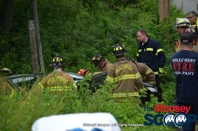 MVA With Entrapment On S. Mountain Rd - DSC_0015.JPG