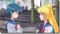 Sailor Moon Crystal - 02.mkv_snapshot_07.45_[2014.07.22_20.47.08]