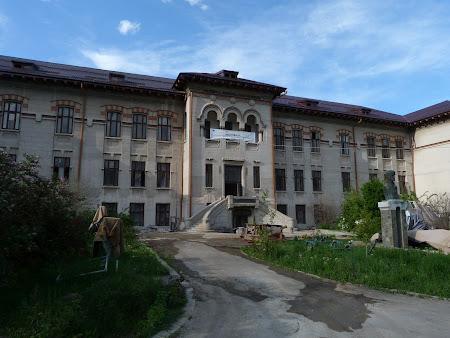 Obiective turistice Turnu Severin: Muzeul Regiunii Portile de Fier