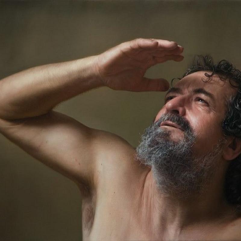 Javier Arizabalo's Photorealistic Paintings