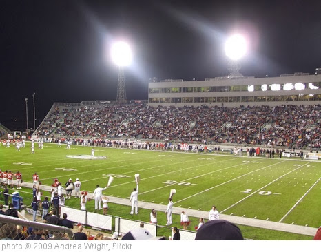 'Ladd-Peebles Stadium' photo (c) 2009, Andrea Wright - license: http://creativecommons.org/licenses/by/2.0/