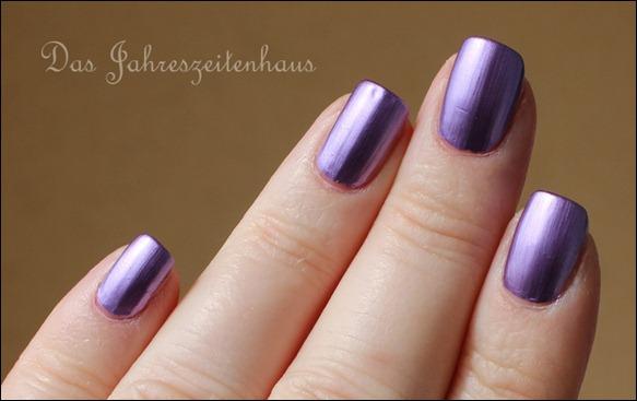 KIKO Mirror Nail Laquer 621 Violet 2